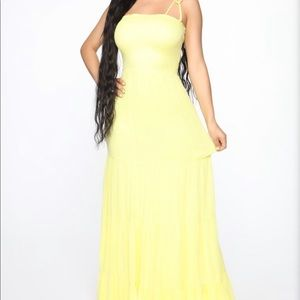 NWT. Fashion Nova yellow maxi dress